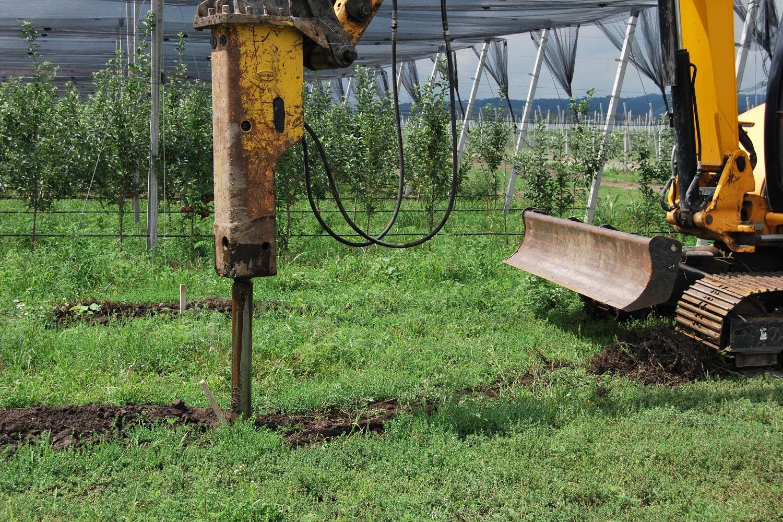Trellis system installation